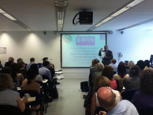 Roger Taylor presenting at the RSA Mega-events Research Network Seminar, 2012.